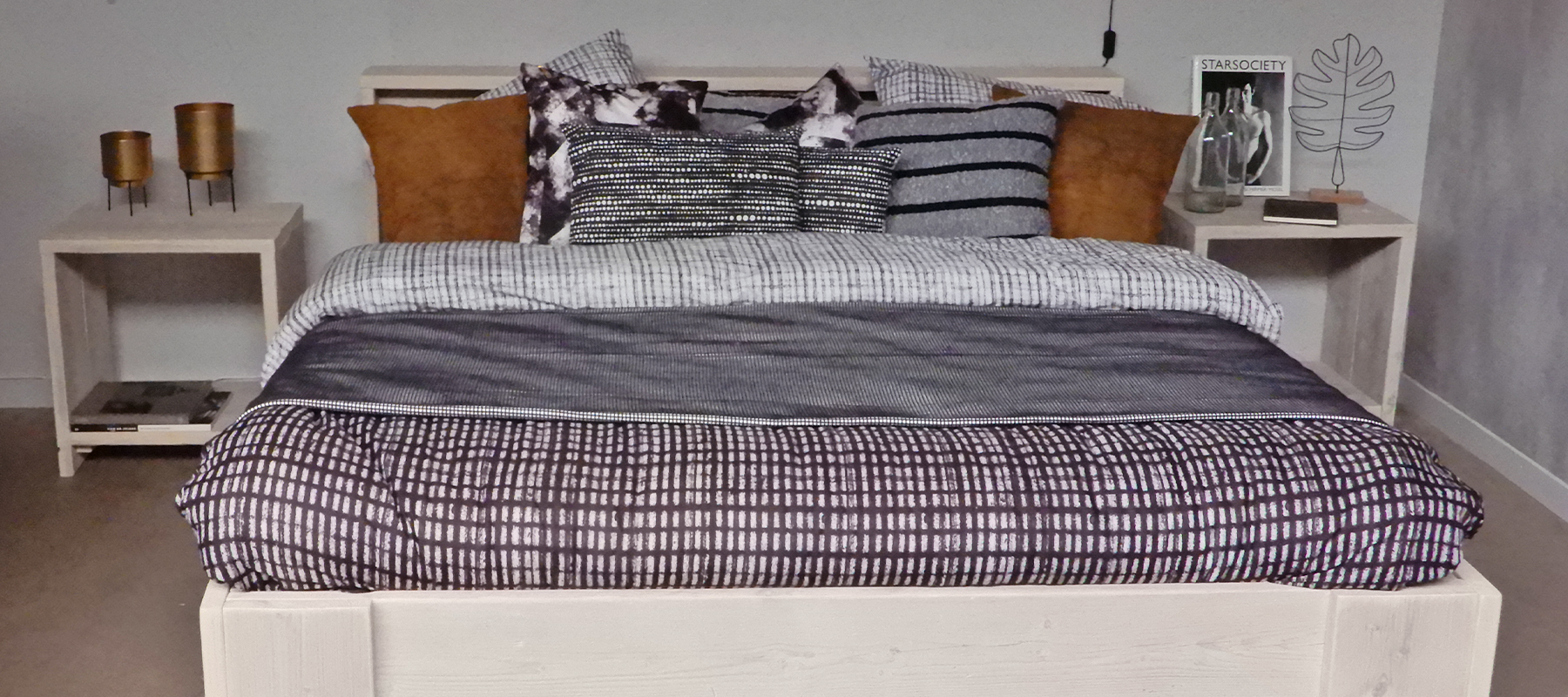 Livengo blog nachtkastjes - bed Simple en Nachtkastje Borna white wash